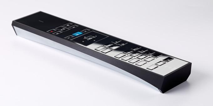 bouygues telecom d voile une nouvelle t l commande pour sa bbox sensation. Black Bedroom Furniture Sets. Home Design Ideas