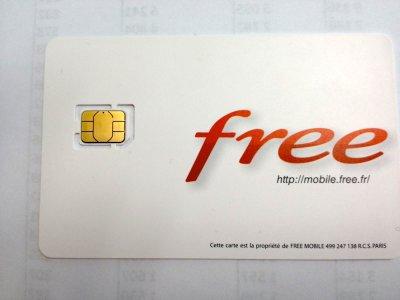Les cartes nano sim sont pr tes chez free mobile free mobile forum - Couper sa sim en microsim ...