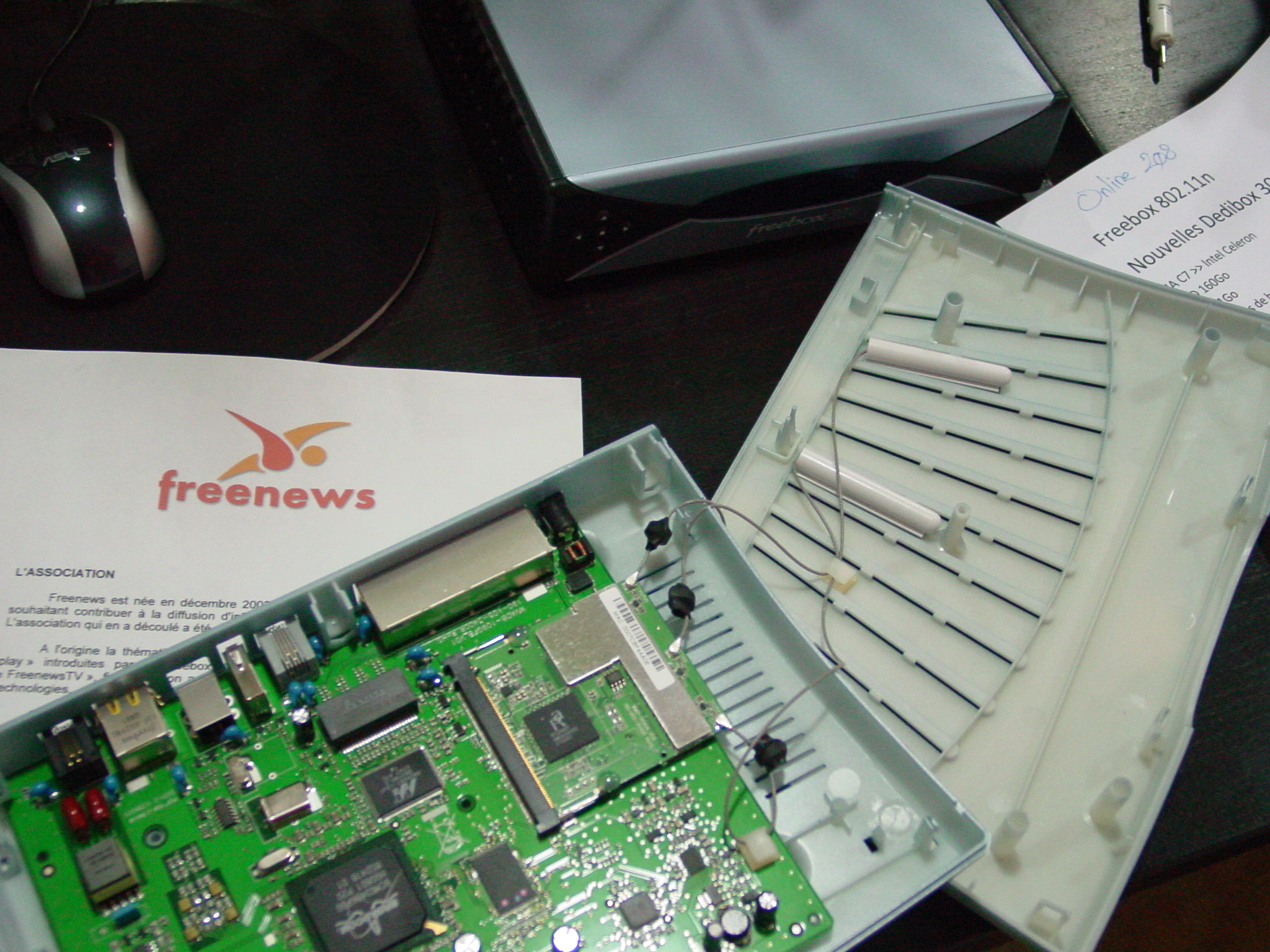 Freebox ADSL v5c les tripes à l'air