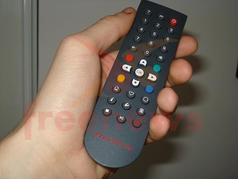 univers freebox voir le sujet telecommande freebox hd optique. Black Bedroom Furniture Sets. Home Design Ideas