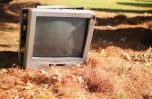 Télévision abandonnée