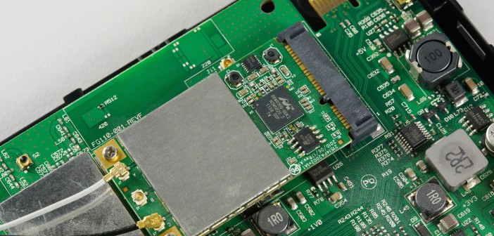 Freebox Mini 4K server démonté
