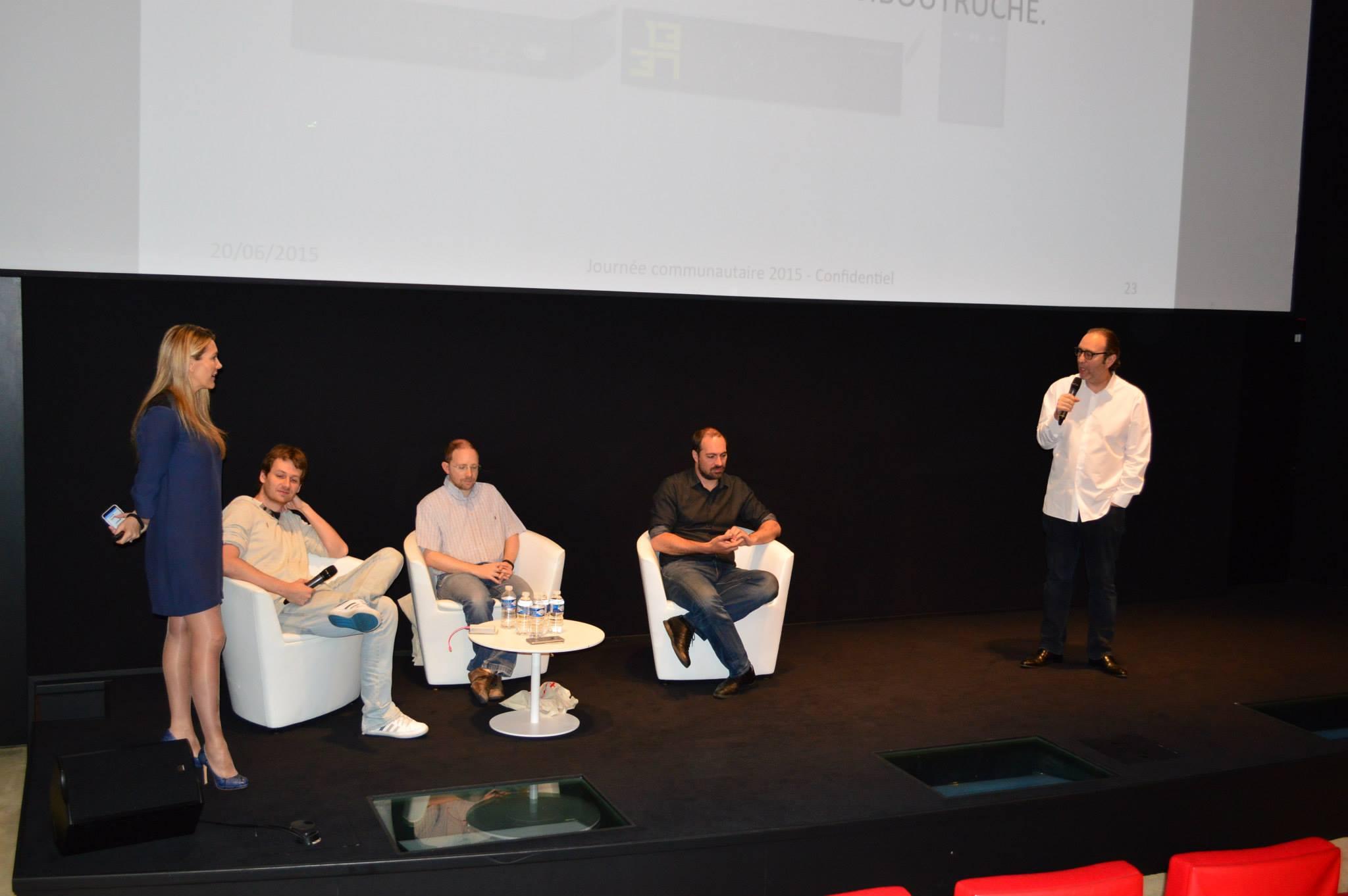 De g. à d. : Angélique Gérard, Maxime Bizon, Sébastien Boutruche, Antoine Levavasseur, Xavier Niel