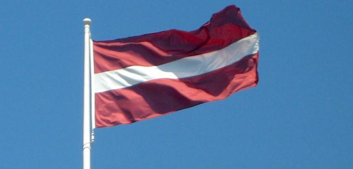 Lettonie - drapeau