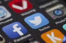 Twitter Facebook app mobile