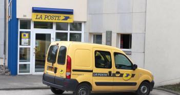 La Poste bureau de poste postal service