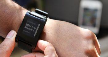 Montre connectée smartwatch IOT Internet of things des objets Pebble