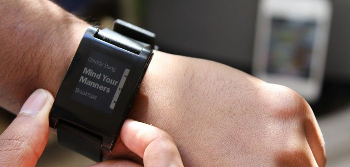 Montre connectée smartwatch IOT Internet of things des objets Pebble