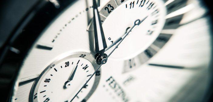 Montres horloges temps heures minutes durées