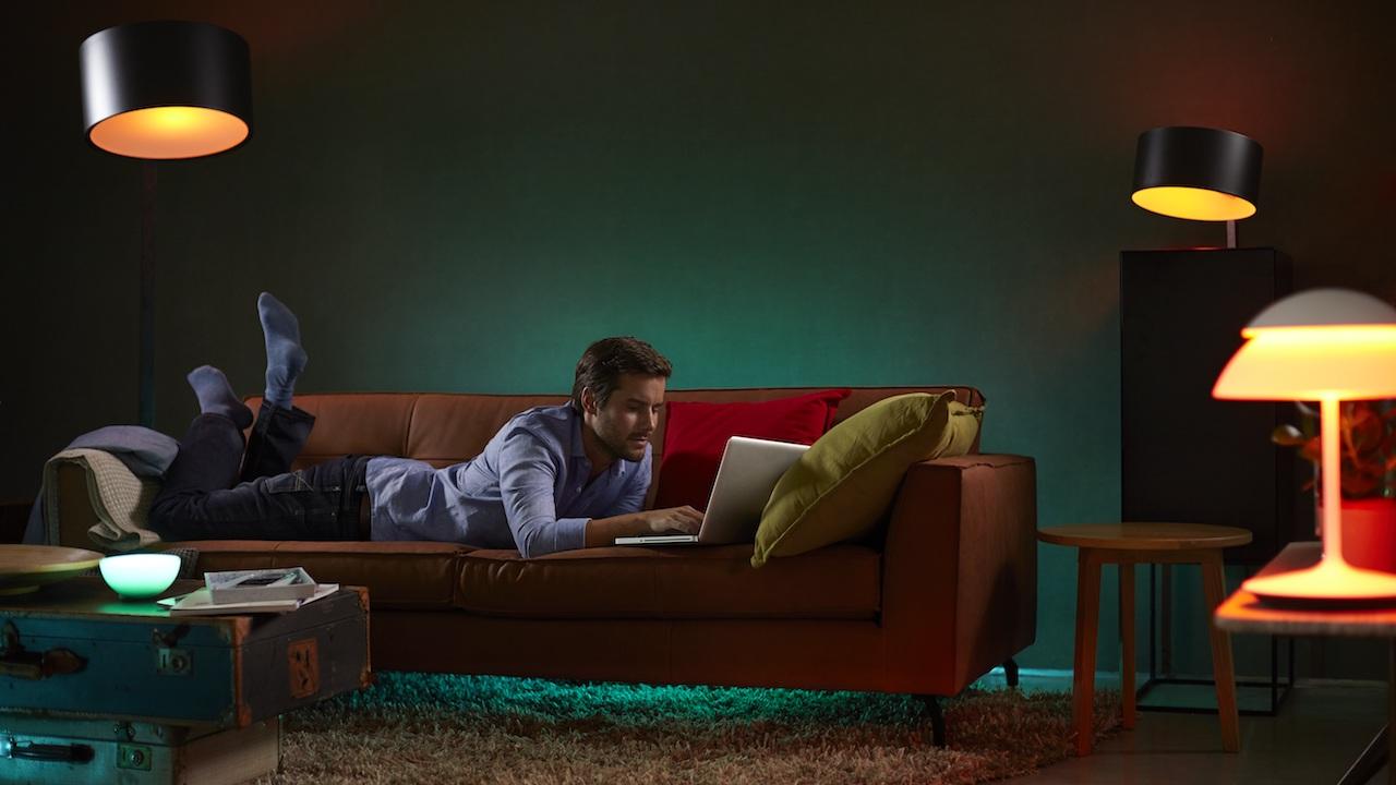les ampoules philips hue victimes d 39 une panne apr s no l. Black Bedroom Furniture Sets. Home Design Ideas